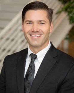 Headshot of Aaron Brakke