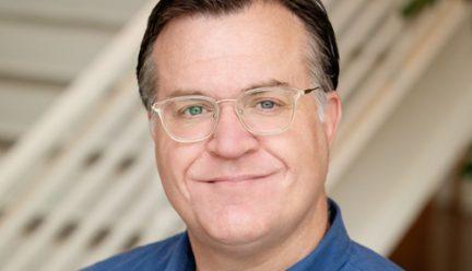 head shot of Scott Murray