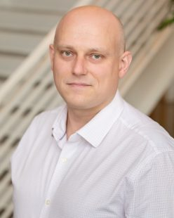 Headshot of Hugh Swiatek