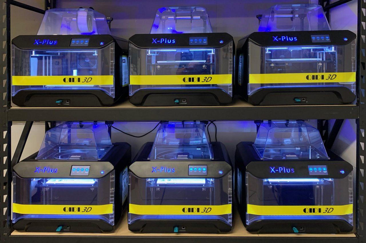 Six 3D printers