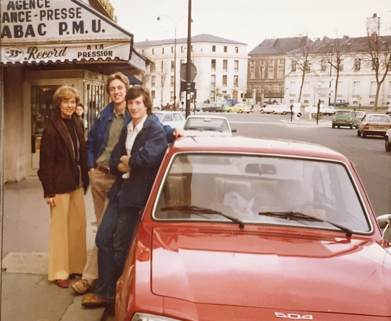 Bill Tucker (far right) with his roommate Scott Hindsley (BSAS '78, M.Arch '80) pictured center in Versailles in 1978.