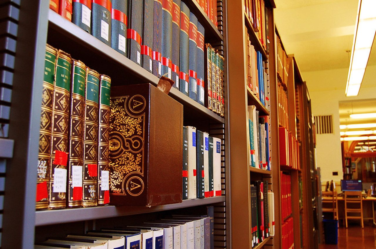 Closeup of bookshelves in the Ricker Library of Art & Architecture